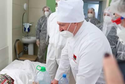 Лукашенко захотел «уколоться» белорусской вакциной