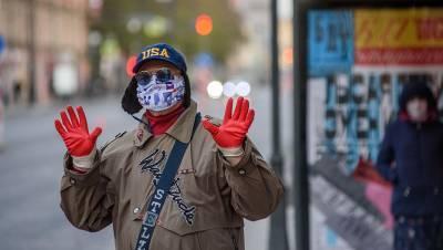 Отменили перчатки, смерть после прививки, запреты для уличной музыки: Петербург 16 апреля