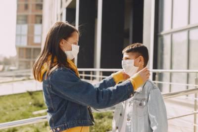 Инфекционист рассказала, у каких детей COVID-19 чаще протекает в тяжелой форме